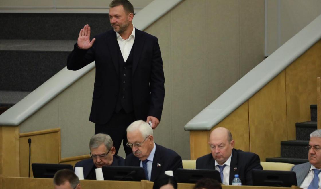 Дмитрий Саблин вернулся к работе в Госдуме